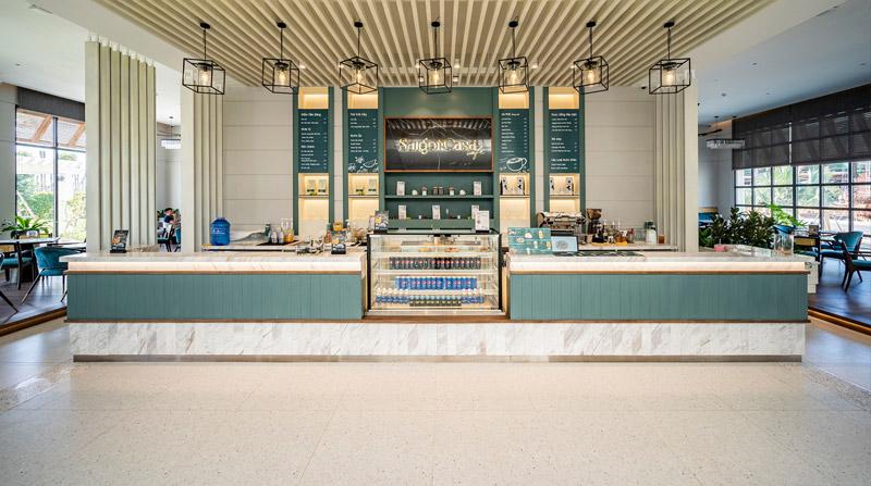 Không gian Saigon Casa Café gây ấn tượng bởi màu xanh pastel