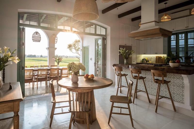 Villa Cẩm Châu có không gian kiến trúc mang màu sắc Địa Trung Hải