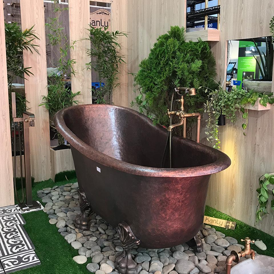 Bồn tắm bằng đồng