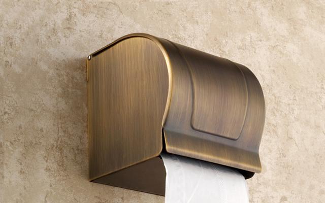 hộp giấy vệ sinh treo tường