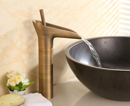 vòi lavabo nóng lạnh, gật gù, bằng đồng thau, cổ điển