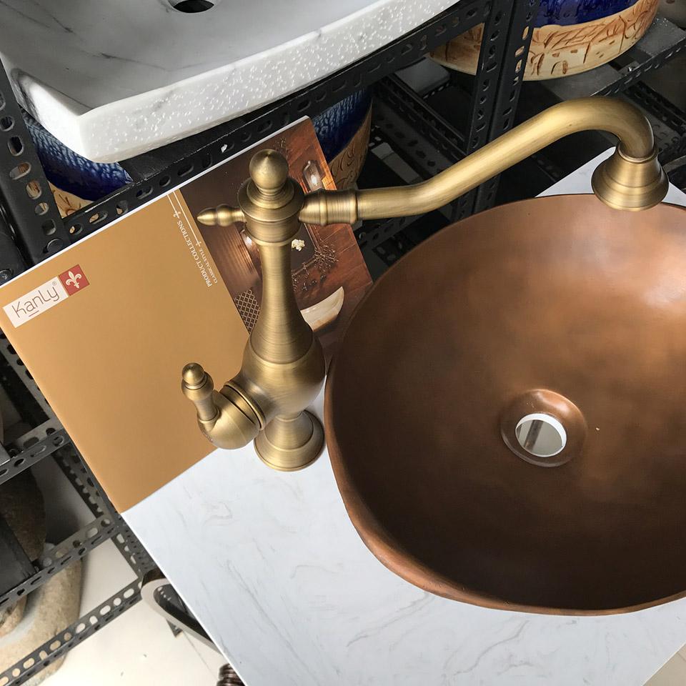 Vòi cổ điển chậu bếp, bằng đồng thau, nóng lạnh
