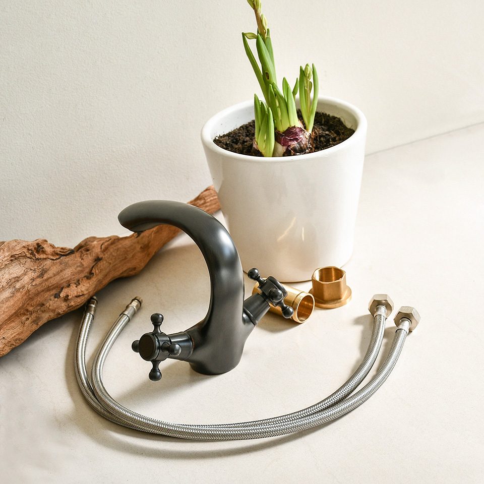Vòi nước kiểu cổ điển, bằng đồng thau, nóng lạnh