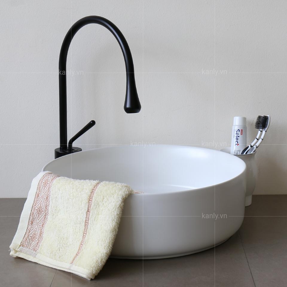 Vòi rửa bát nóng lạnh GCC20B thiết kế đơn giản mà tinh tế
