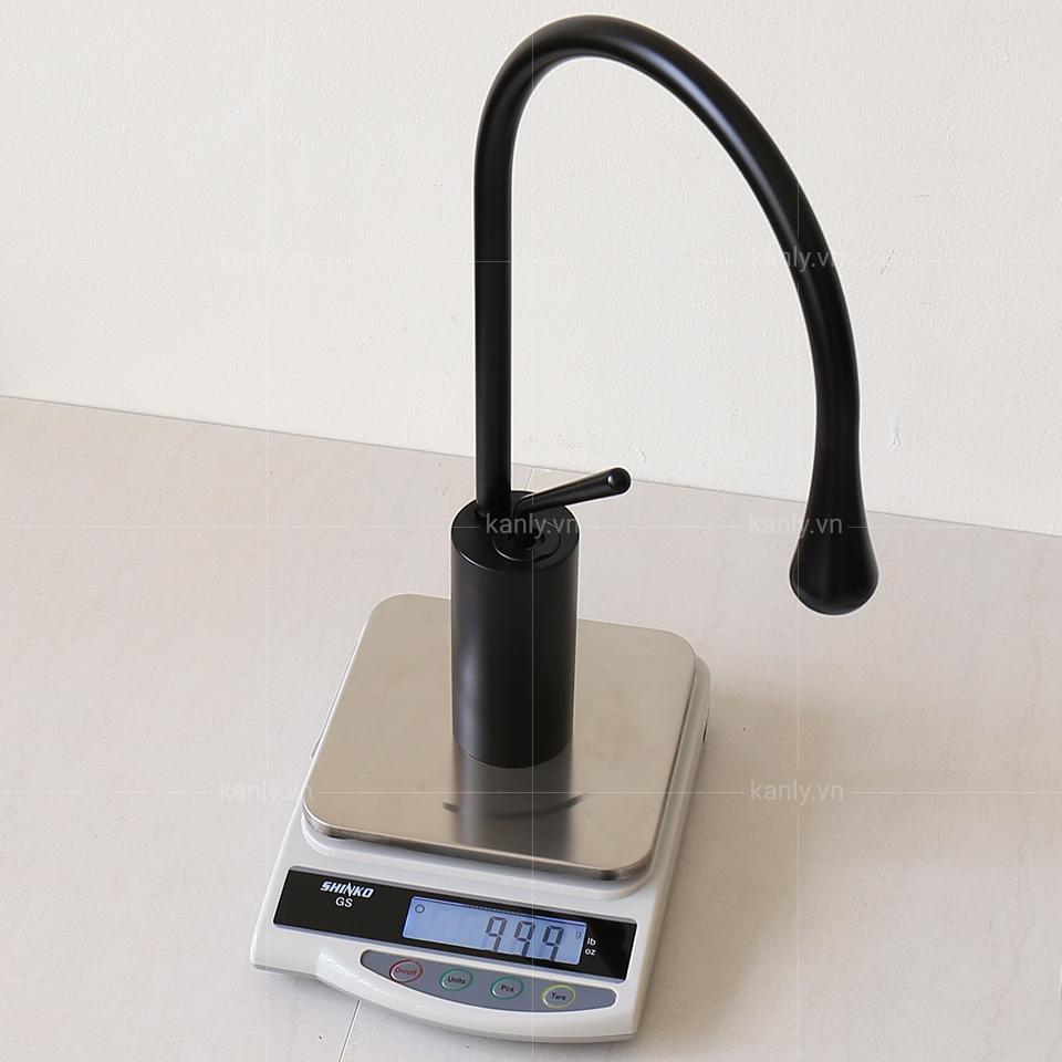 Cân nặng thể hiện được chất lượng của vòi nước nóng lạnh GCC20B