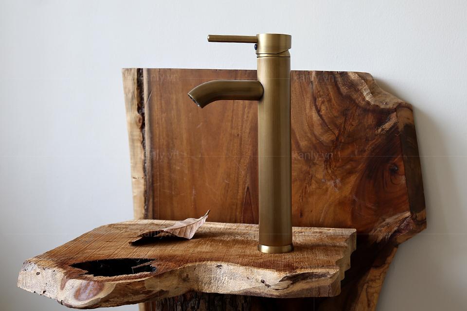 Vòi nước chậu rửa mặt lavabo bằng đồng thau giả cổ