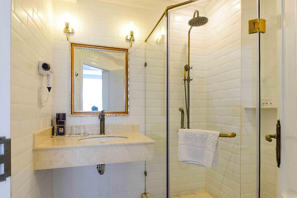 Nội thất phòng tắm cổ điển