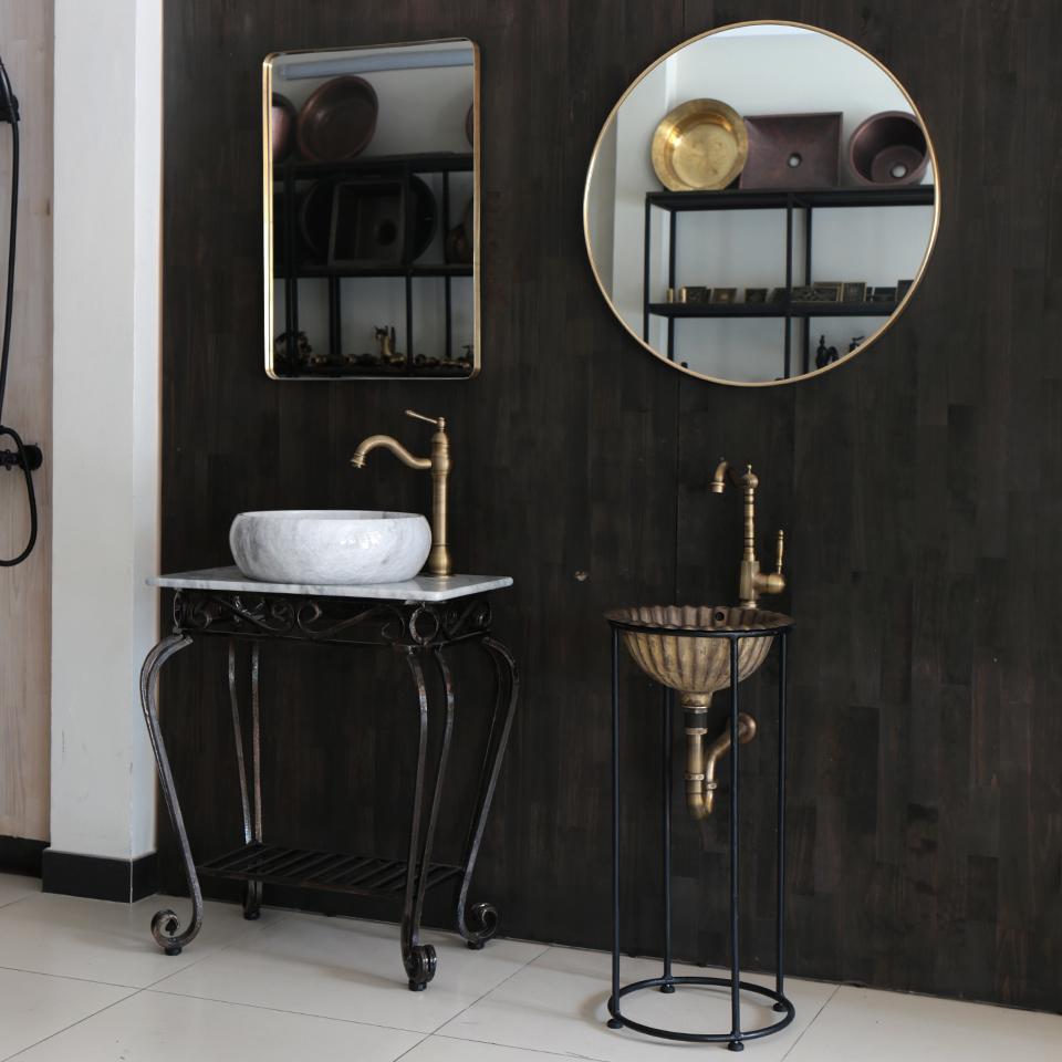 Gương soi treo trường phòng tắm cổ điển