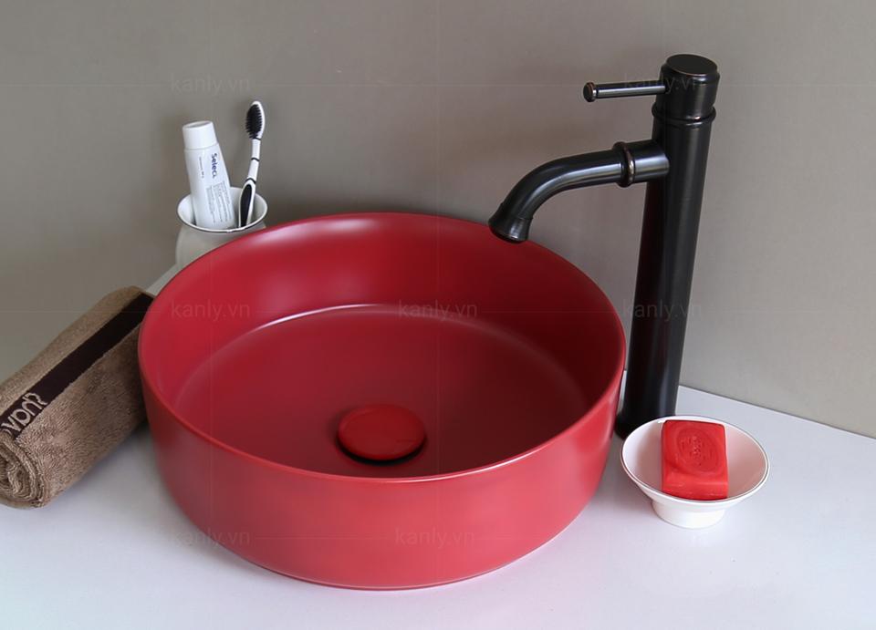 Lavabo gốm sứ màu đỏ SU528 hình dáng côn cân đối
