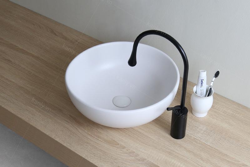 Lavabo tròn đặt bàn màu trắng tinh khiết, sang trọng