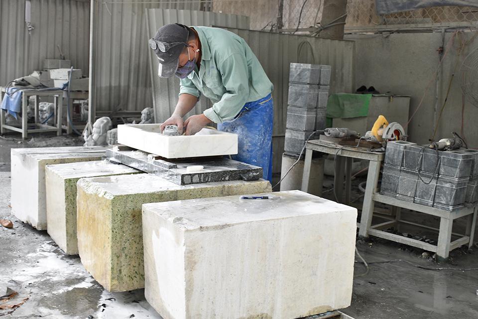 Chậu rửa đá tự nhiên MAR123N có vật liệu được hình thành hàng triệu năm