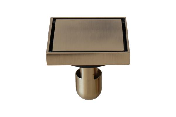 Phễu bằng đồng đúc kiểu GCP10 là một kiểu dáng như đồng nguyên khối, thoát nước dọc theo kẽ khối đồng.